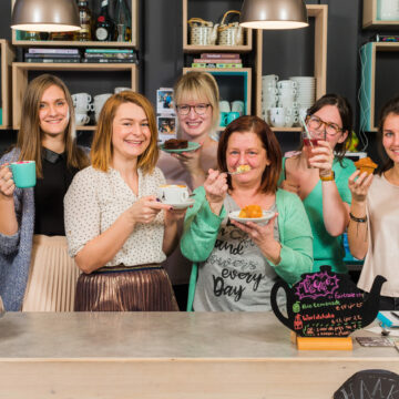 Corporate fotoshoot en sfeervideo voor de website van espressobar Julie's te Geel