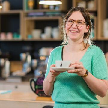 Corporate fotoshoot voor de website van espressobar Julie's te Geel