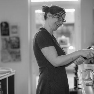 Fotoshoot met interieurfoto's voor de website van koffiebar julie's te Geel